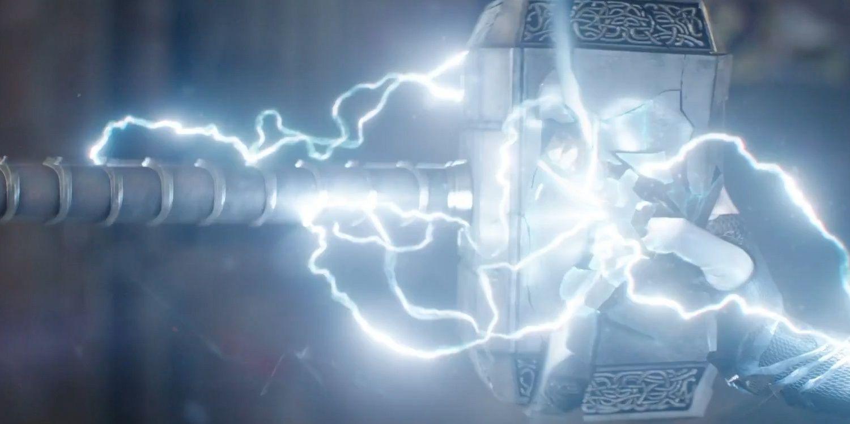 La teoría de Ragnarok explica por qué Hela podría destruir Mjolnir